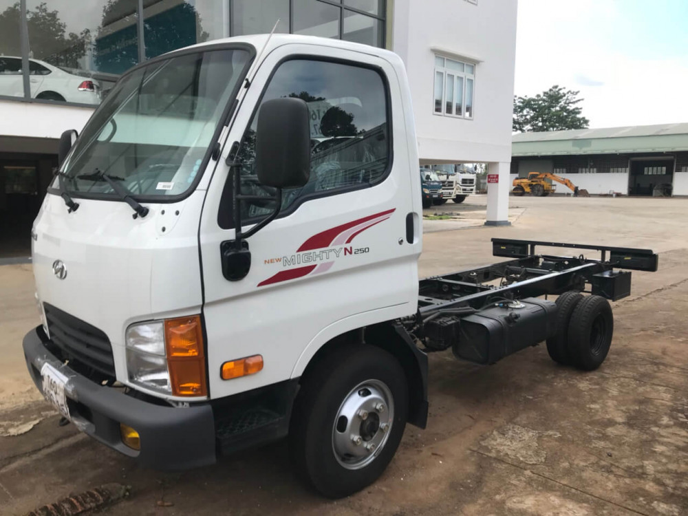 Bán xe tải Hyundai N250 trả góp nhanh