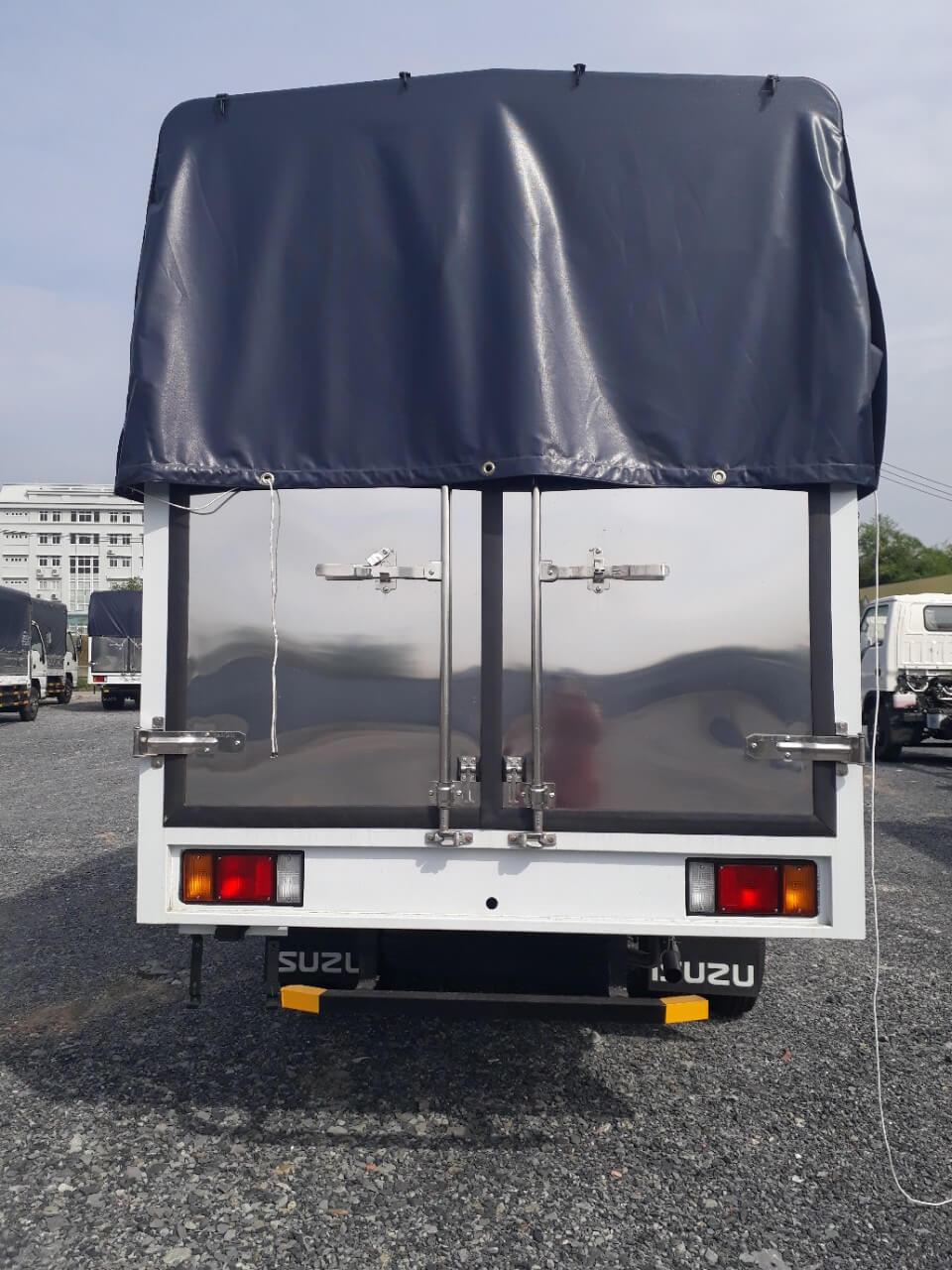 Ưu điểm chính của xe tải Isuzu 2.49 tấn thùng mui bạt - 2