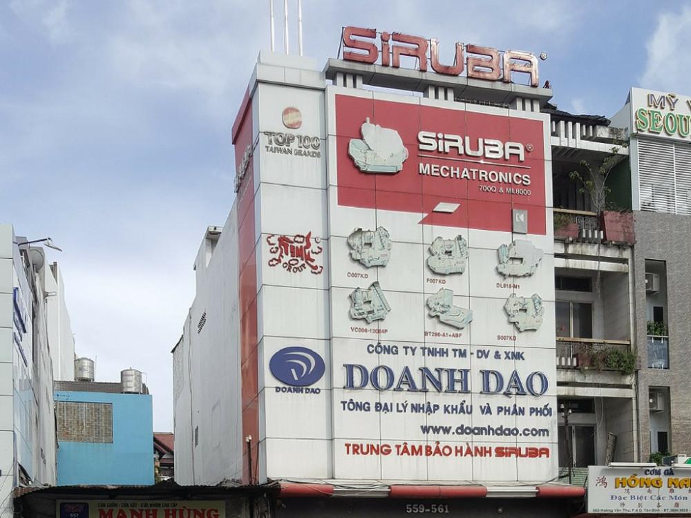 Thi công biển quảng cáo alu toàn bộ mặt tiền cửa hàng