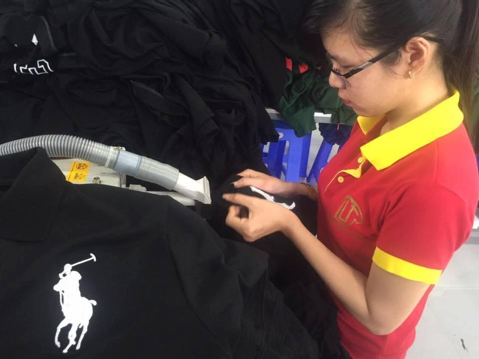 Mẫu in áo đồng phục công ty may gia công
