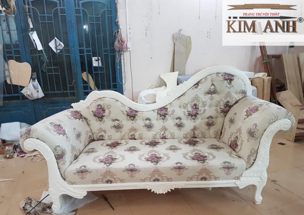 Nguồn gốc, chất liệu, sofa cổ điển rõ ràng