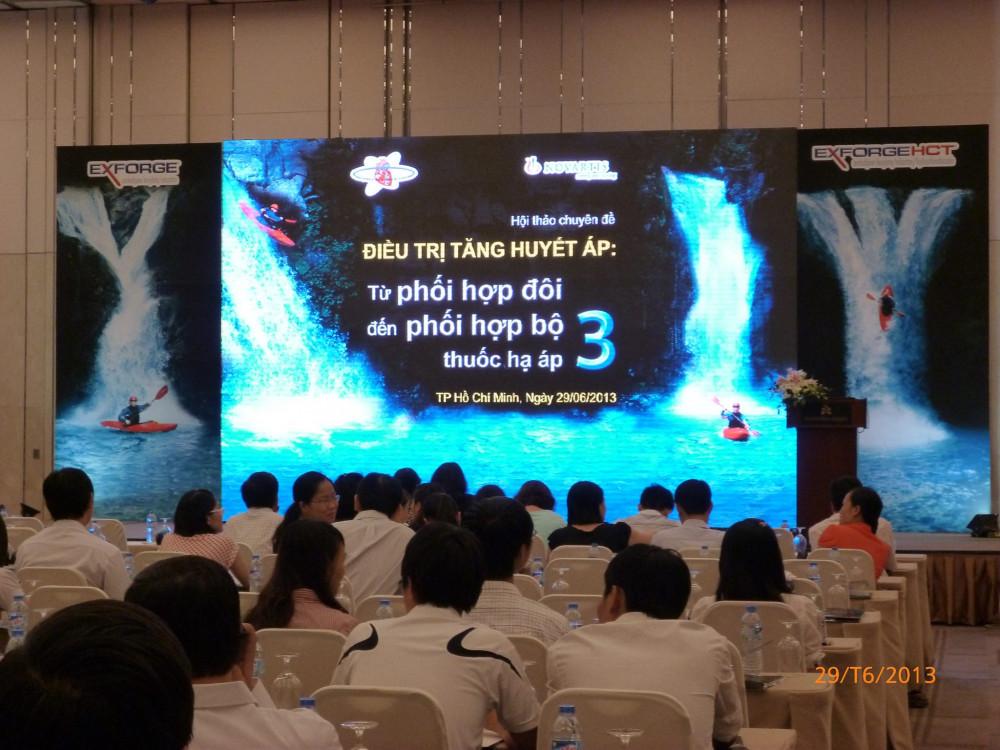 Tư vấn chọn và báo giá màn hình led P2 - màn hình Led sân khấu sự kiện