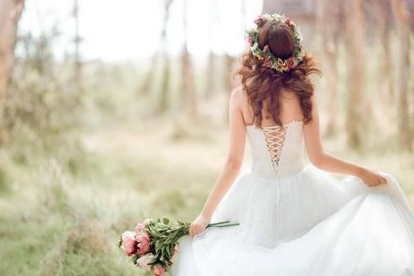 Bật mí dịch vụ trang điểm cô dâu đẹp rẻ tại Quận 7 và HCM