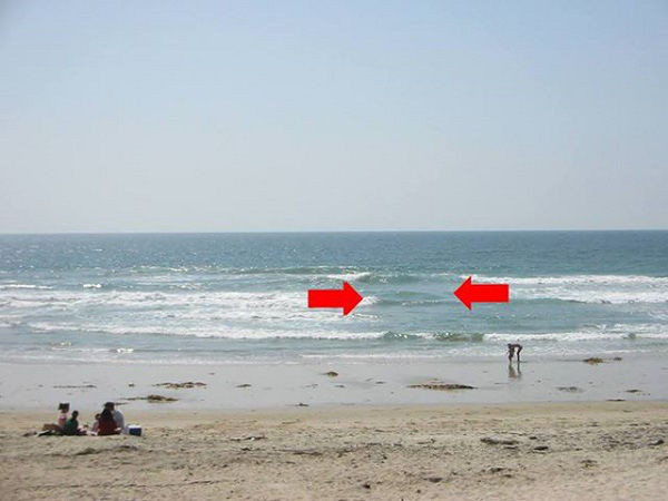 Đi biển, những dấu hiệu nhận biết dòng chảy xa bờ: phải chạy ngay trước khi quá muộn - 2