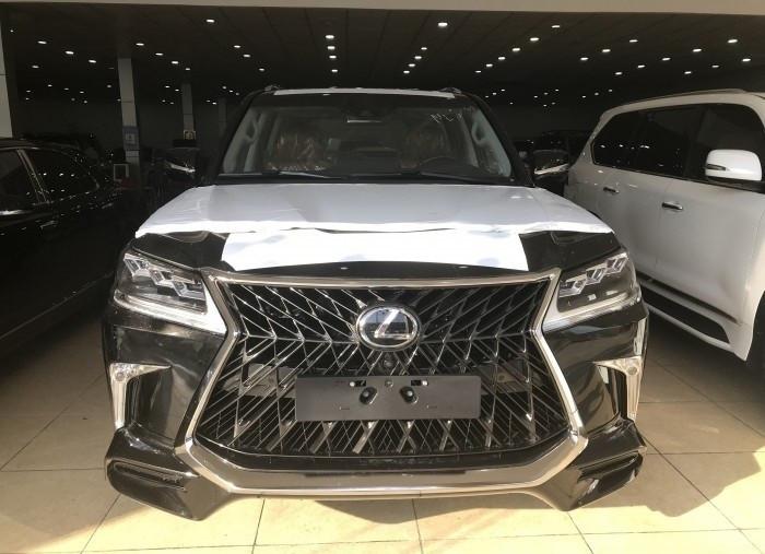 Xe Lexus LX 570 Super Sport 2018 giá bao nhiêu?(2)