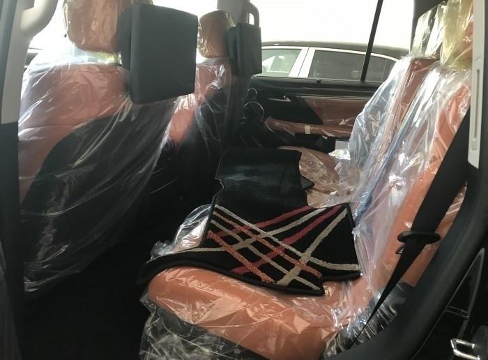 Xe Lexus LX 570 Super Sport 2018 giá bao nhiêu?(7)