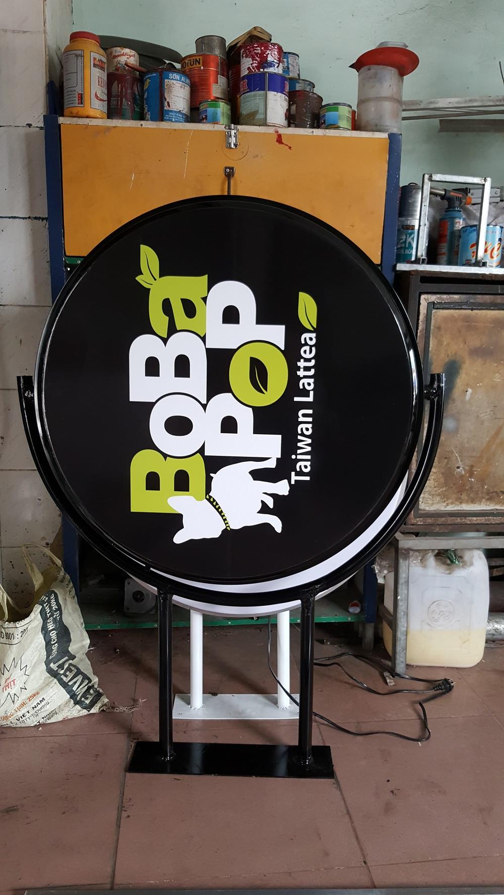 Thi công làm bảng hiệu quán trà sữa - làm bảng hiệu hộp đèn cho thương hiệu trà sữa Đài Loan - BoBaPop