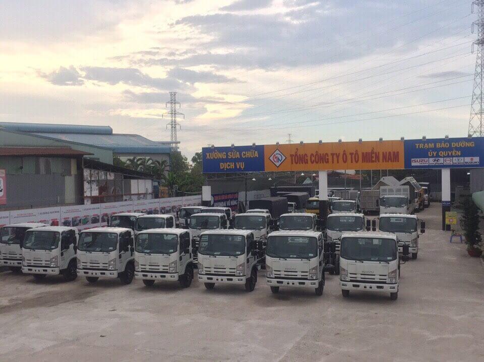 Nên mua trả góp xe tải Isuzu 1.4 tấn tại TPHCM ở đâu?