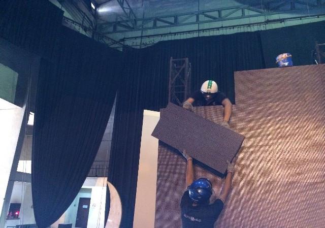 Màn hình Led Âu Lạc (Alta Media) lắp đặt màn hình Led sân khấu trong nhà