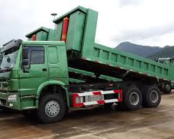 Nên mua xe tải ben Howo 3 chân hay 4 chân