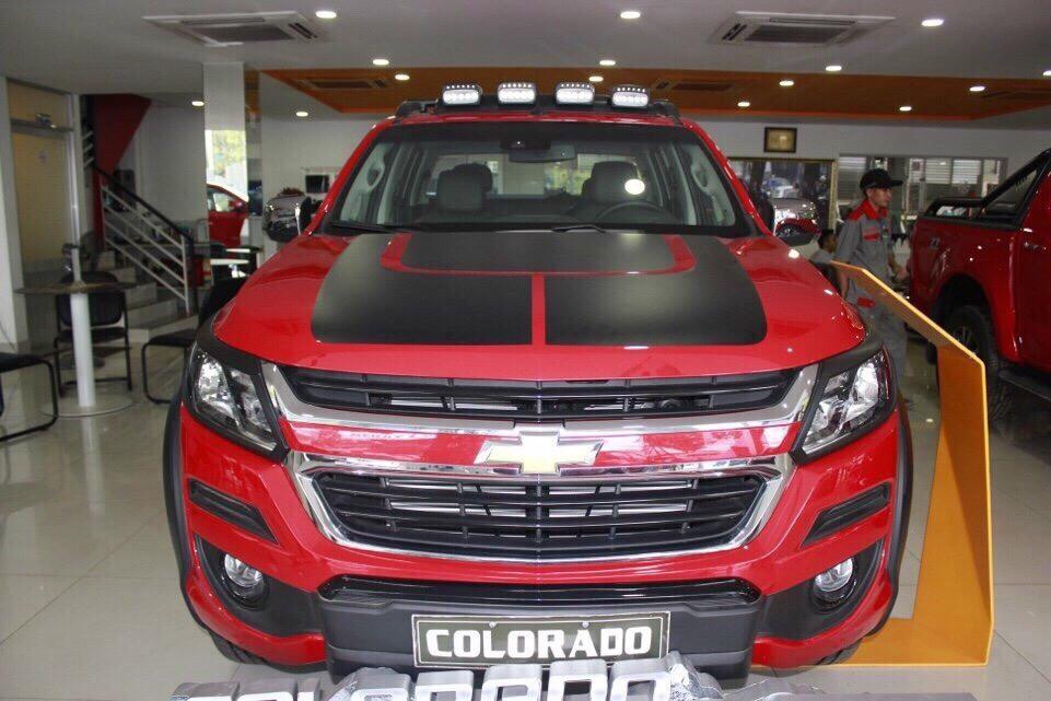 Mua xe Chevrolet Colorado 2018 trả góp tại TPHCM