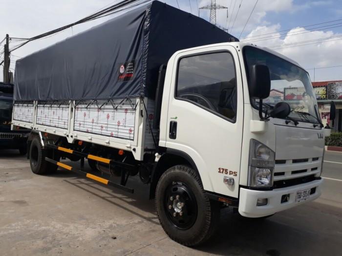 Những lưu ý khi mua xe tải Isuzu Vĩnh Phát 8.2 tấn