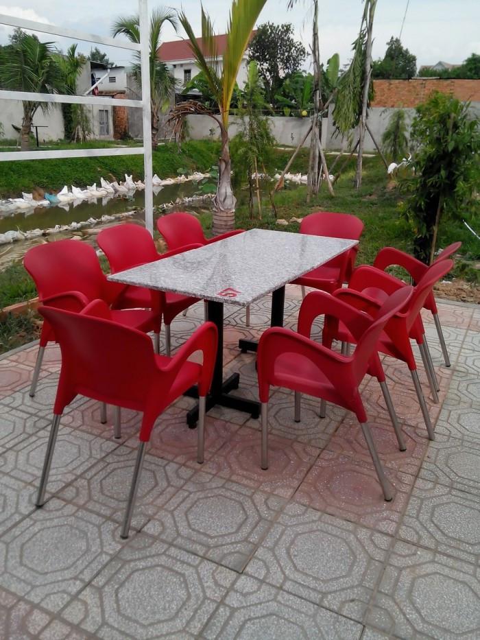 Mua bán ghế nhựa đúc cafe ngoài trời giá rẻ(1)