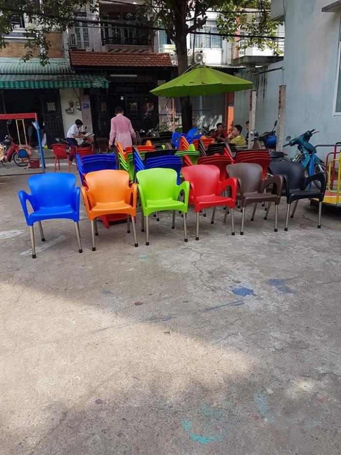 Thanh lý bàn ghế nhựa đúc cafe giá tốt