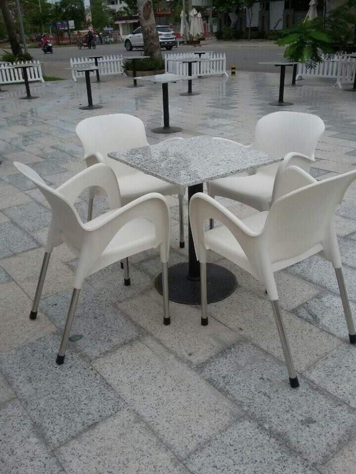 Thanh lý bàn ghế nhựa đúc cafe giá tốt(1)