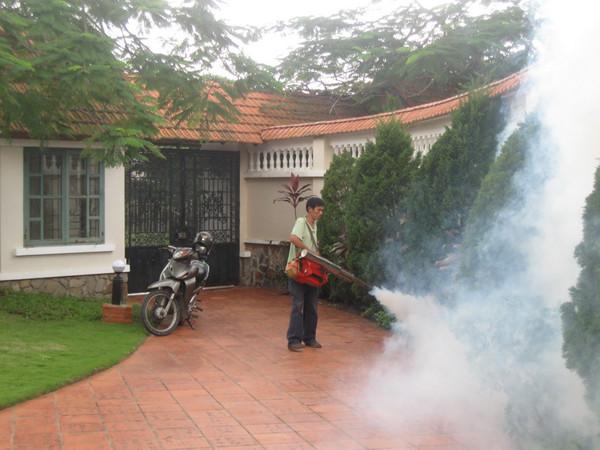 Sử dụng máy phun khói pulsfog k10sp diệt muỗi cho nhà ở, khuôn viên
