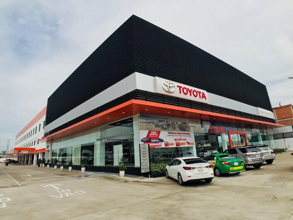 Đại lý Toyota An Thành Fukushima Bình Chánh phân phối chính hãng các dòng xe Toyota giá tốt, chính sách mua xe trả góp tốt nhất