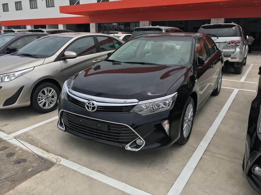 Báo giá Toyota Camry 2018 mới nhất