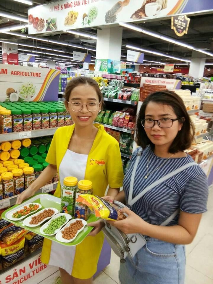 Chương trình khuyến mãi hè và Sampling Tân Tân