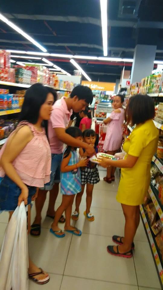 Chương trình khuyến mãi hè và Sampling Tân Tân(1)
