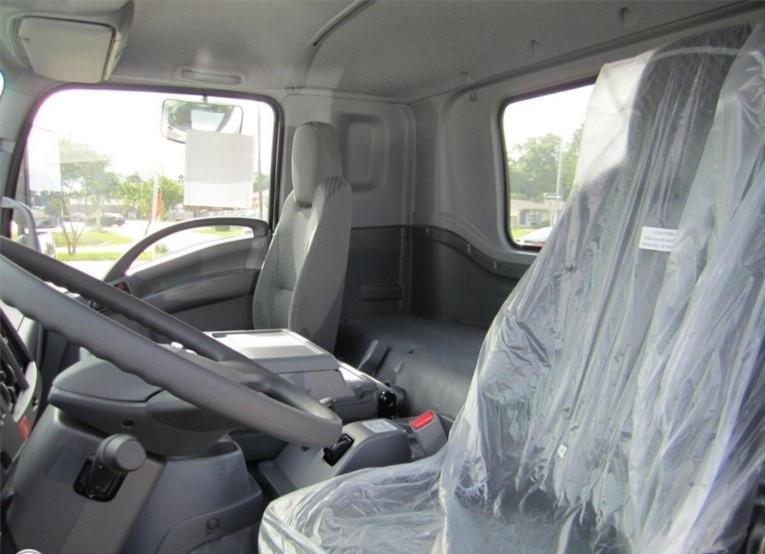 Đánh giá xe tải Isuzu VM FT160L 7.8 tấn thùng dài 9.3 mét(2)