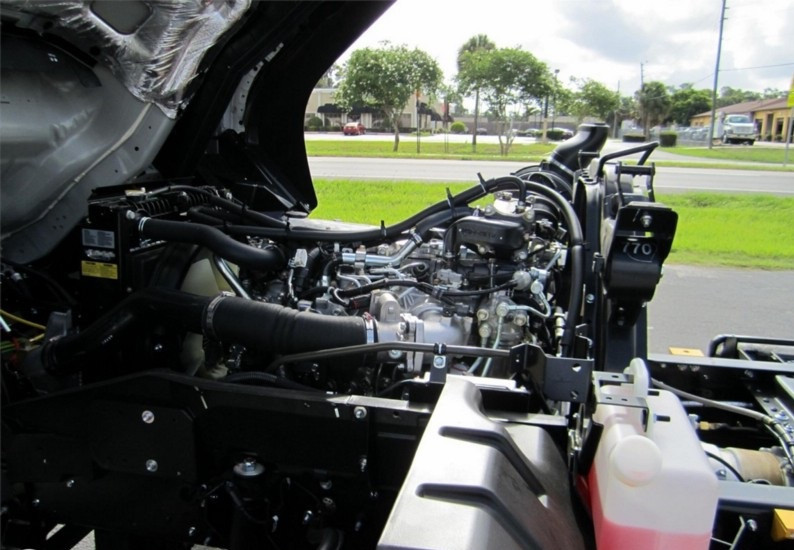 Đánh giá xe tải Isuzu VM FT160L 7.8 tấn thùng dài 9.3 mét(3)