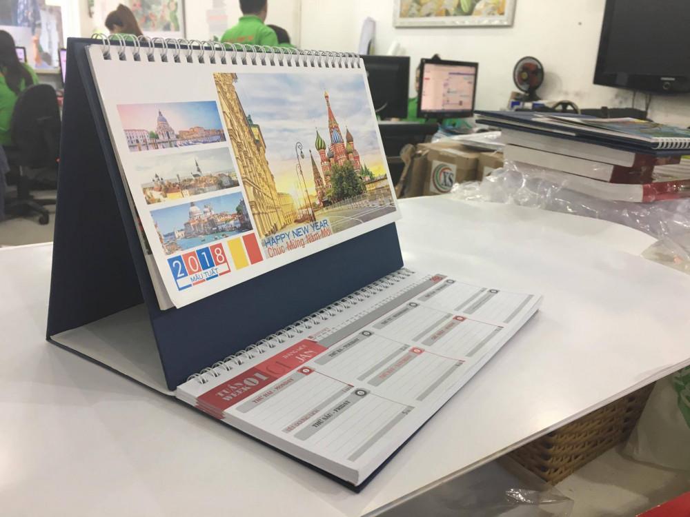 Phần ghi chú hàng tuần giúp nhân viên nhanh chóng nắm bắt được lịch trình làm việc, báo cáo