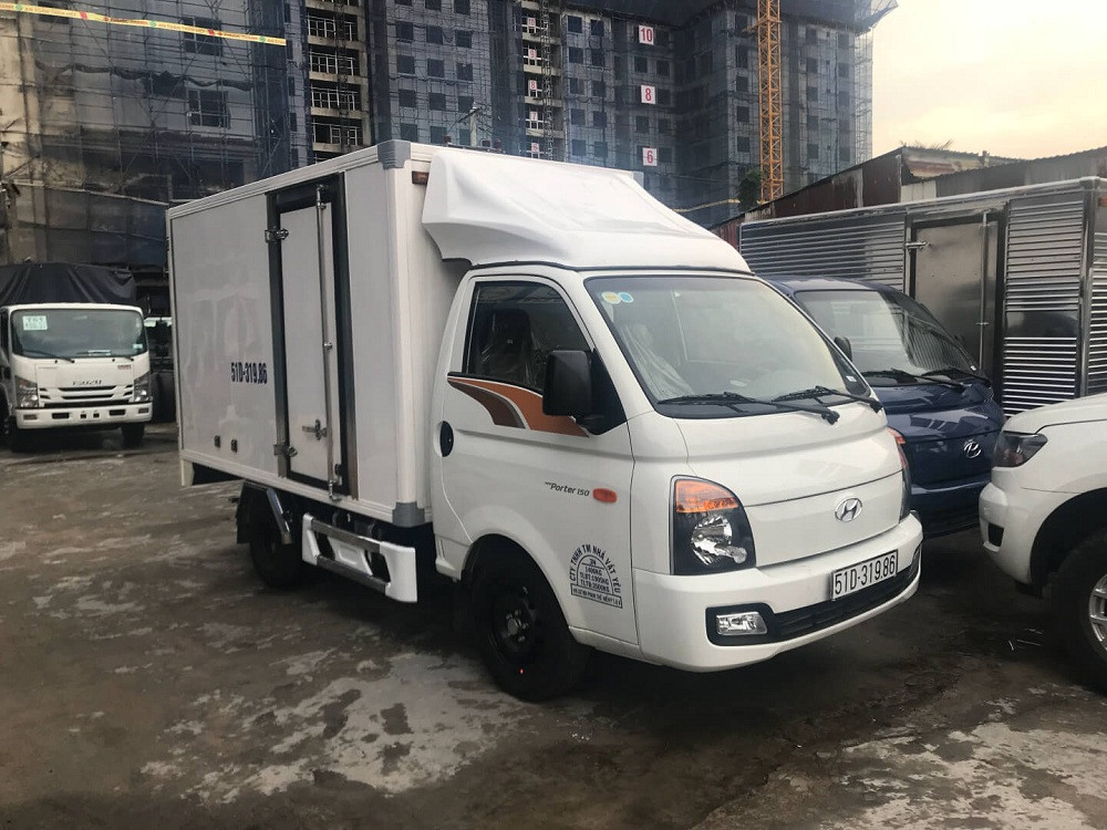 xe tải H150 1.5 tấn thùng đông lạnh