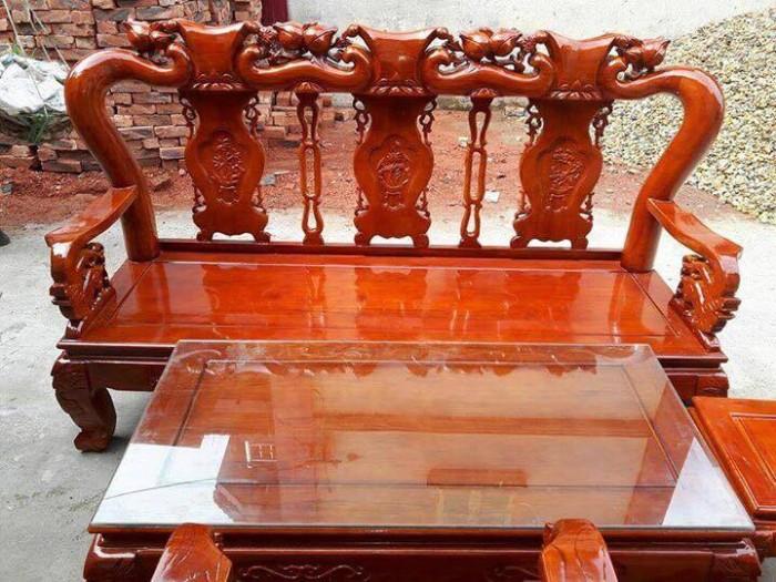 Hướng dẫn nhận biết chất lượng bàn ghế gỗ phòng khách dưới 10 triệu