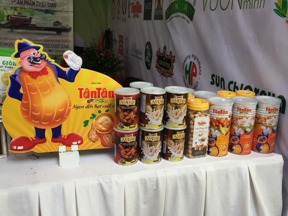 Tân Tân có mặt tại lễ hội văn hóa ẩm thực chay(1)