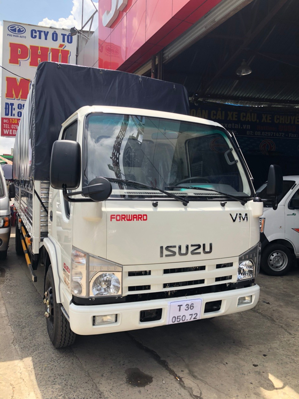 xe-tai-isuzu-1t9
