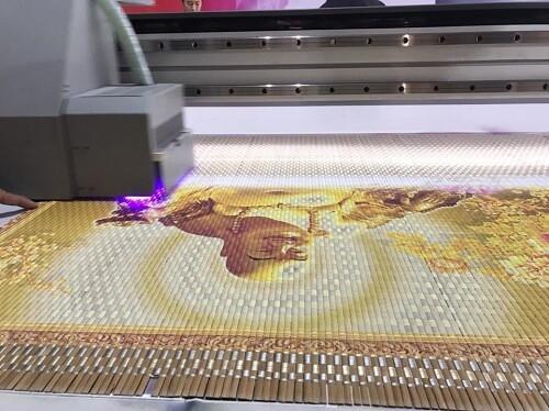 Máy in phẳng UV - in tranh tôn giáo - in trên chất liệu mành sáo, tranh treo tường phòng thờ
