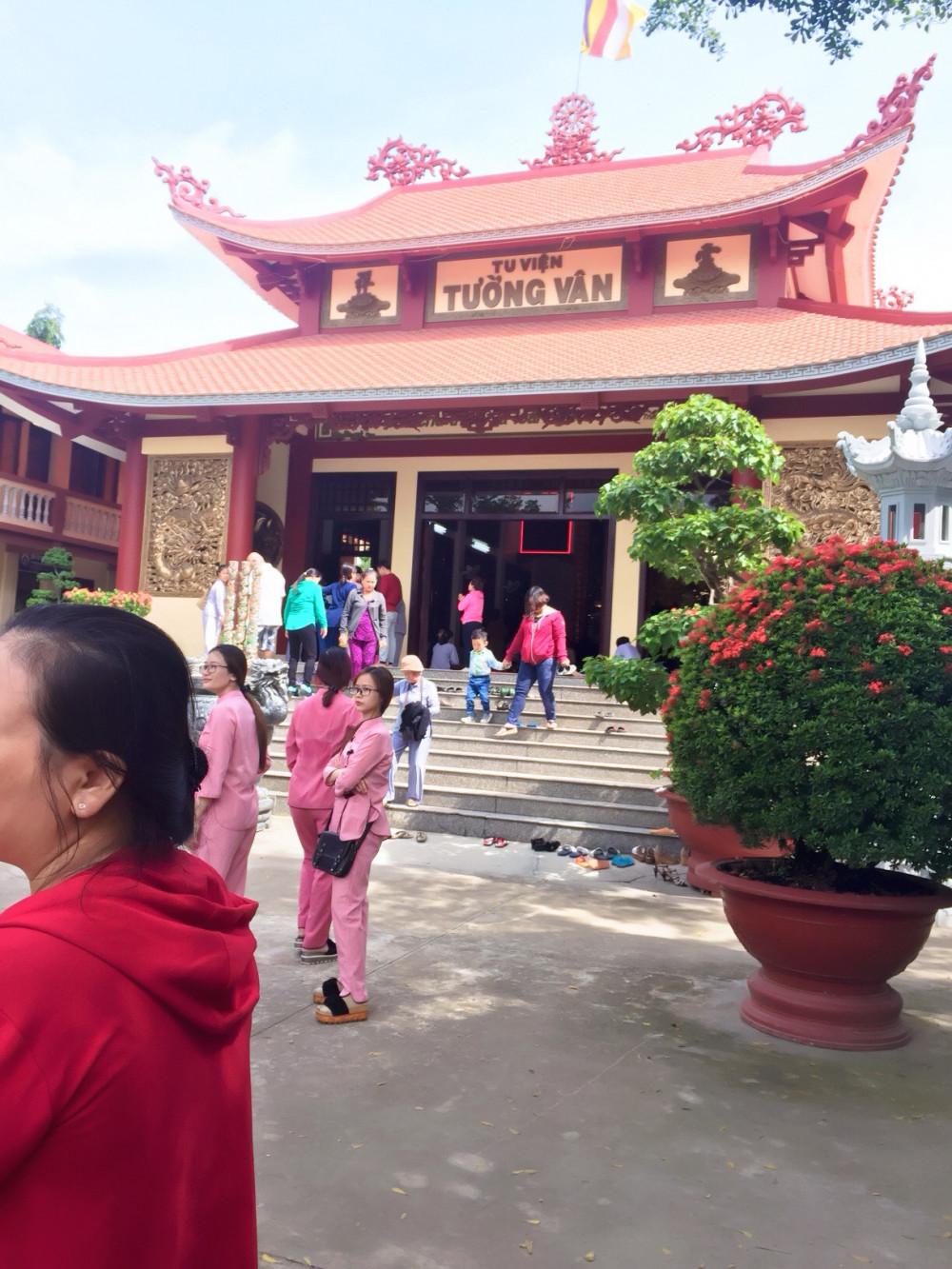 Tân Tân đồng hành cùng ngày hội Vu Lan 2018 tại tu viện Tường Vân