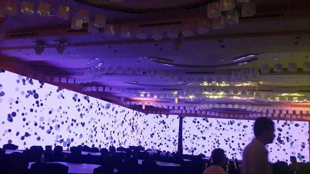 Lắp đặt màn hình led sân khấu tiệc cưới theo kích thước yêu cầu từ khách hàng