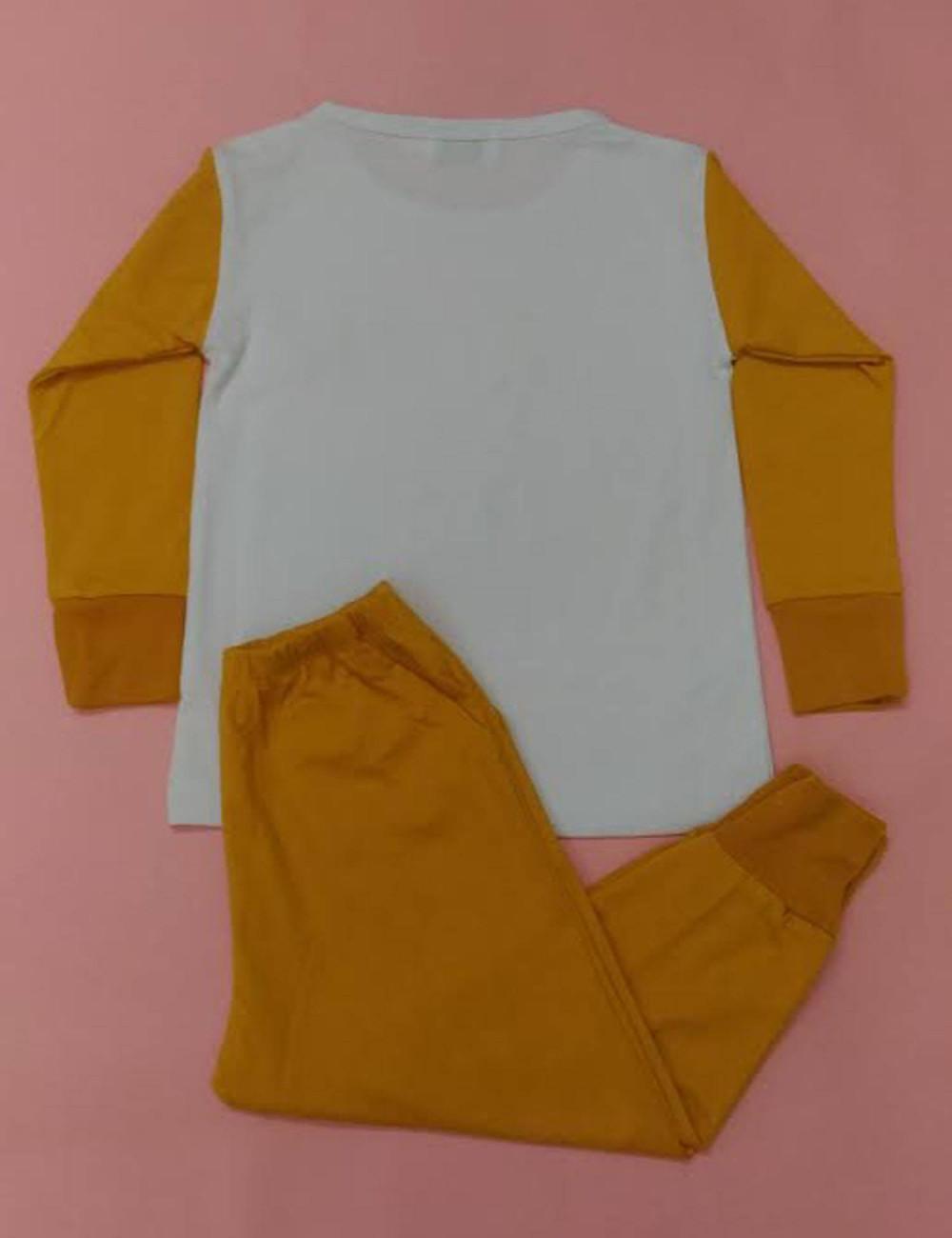 Sử dụng chất vải thun mềm mại, co dãn tốt, độ dày phù hợp - giúp bé luôn thoải mái khi vận động