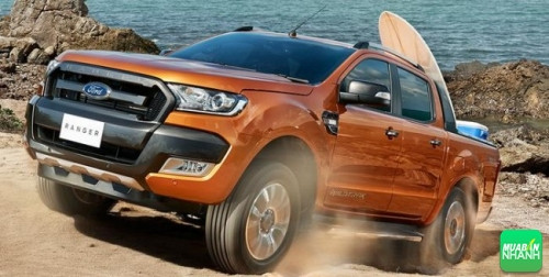 Bản Ford Ranger XLS 4x2 AT