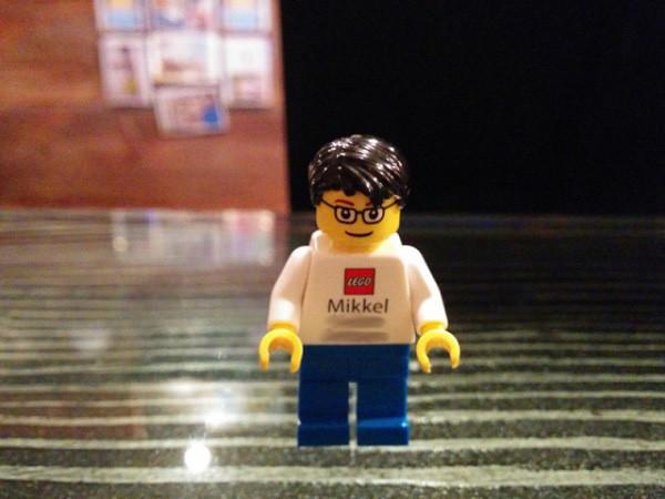 Mẫu card visit độc đáo nhất thế giới đến từ hãng Lego