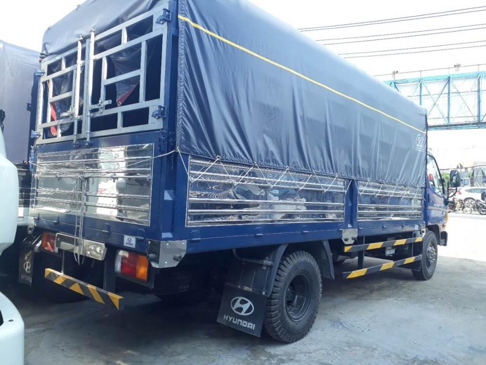 Nội thất xe tải Hyundai 8 tấn HD800