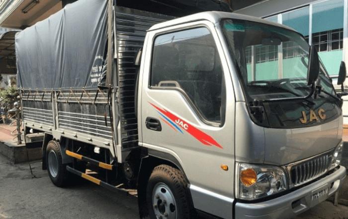 Có nên mua xe tải Jac 2.4 tấn trả góp không