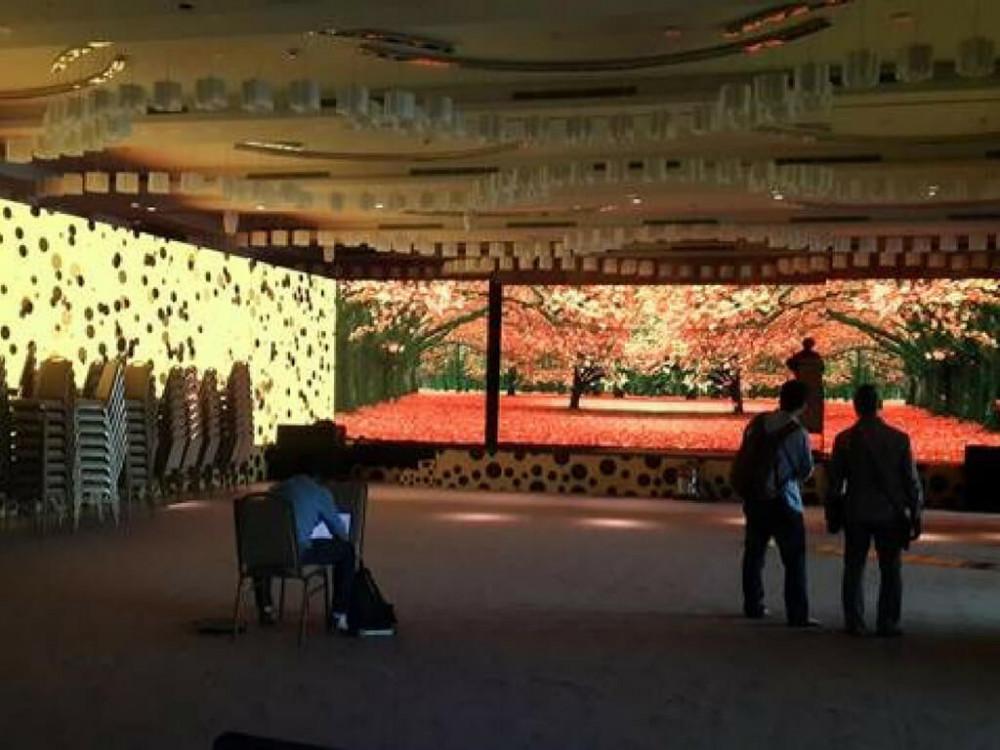 Thuê màn hình Led đám cưới full color - nhận thiết kế hiệu ứng màn hình Led đám cưới lãng mạn, ý nghĩa