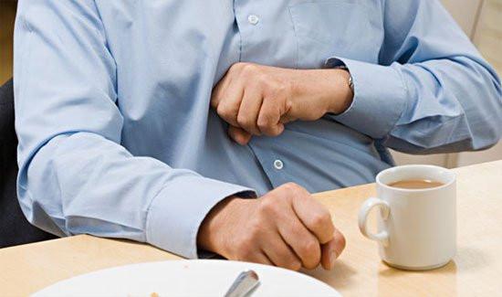 5 mẹo trị đầy hơi khó tiêu hiệu quả bạn cần biết