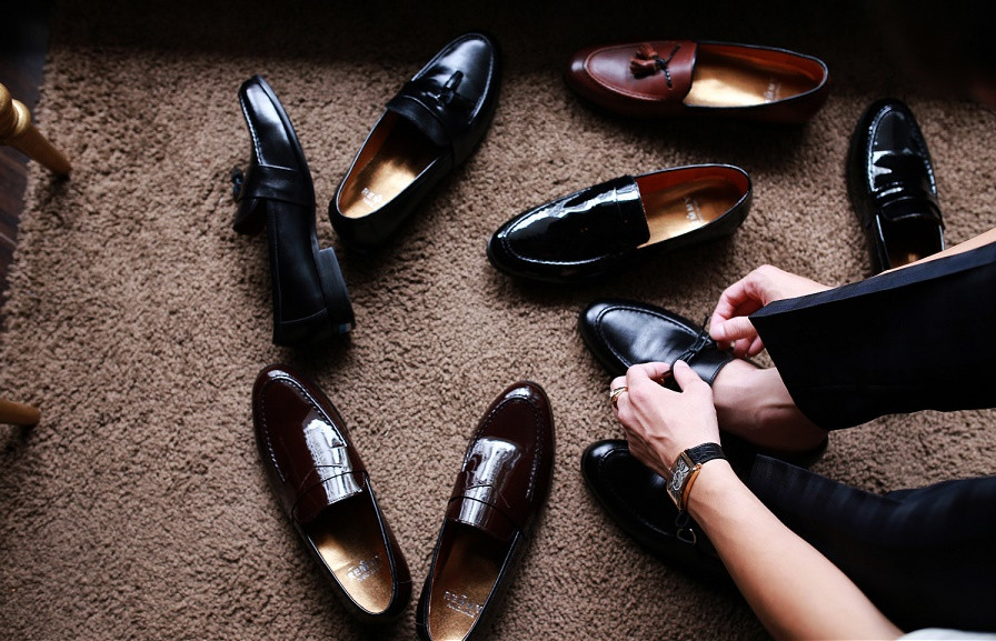 Chọn mua giày da cho nam giới phù hợp với dáng người