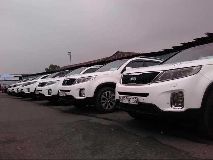 Giá thuê xe 7 chỗ tự lái TPHCM(4)