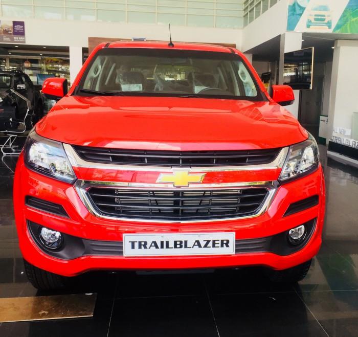 Mua trả góp xe Chevrolet Trailblazer tại TPHCM(3)