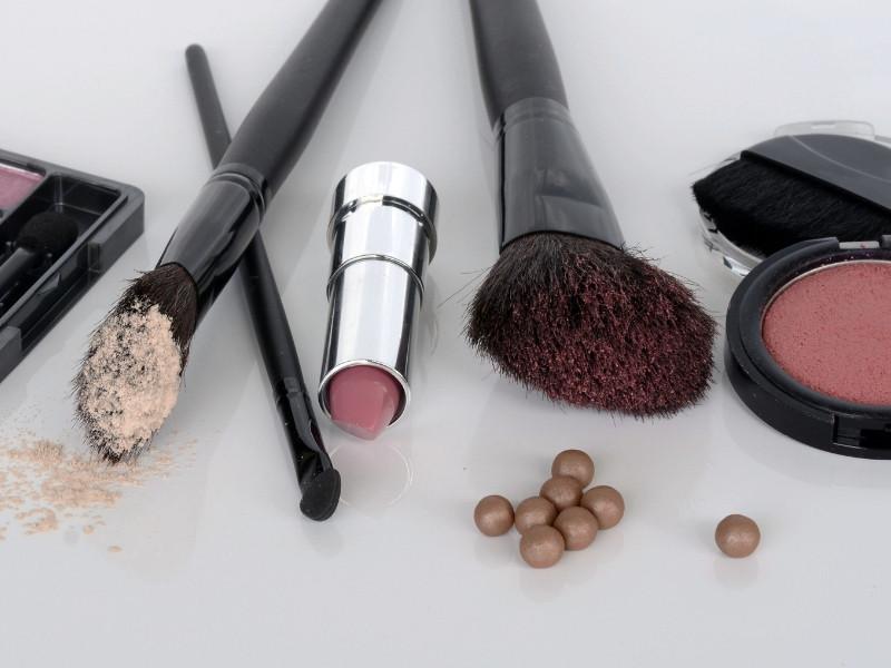 Tìm hiểu cách phân loại mỹ phẩm phổ biến