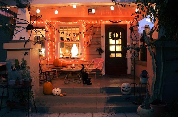 Ấn tượng những mẫu decal trang trí nhà ấn tượng ngày Halloween 17