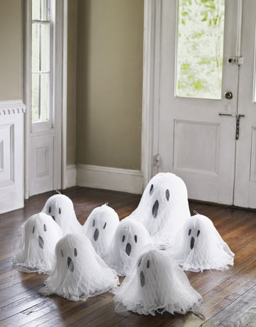Mách bạn những ý tưởng cực hay ho cho lễ hội Halloween - Mẫu decal ấn tượng trang trí Halloween 3