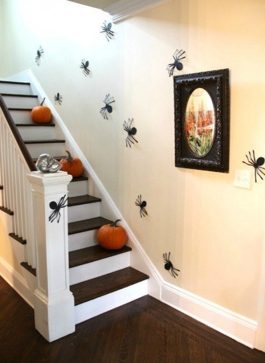 Mách bạn những ý tưởng cực hay ho cho lễ hội Halloween - Mẫu decal ấn tượng trang trí Halloween 7