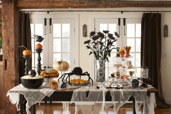 Mách bạn những ý tưởng cực hay ho cho lễ hội Halloween - Mẫu decal ấn tượng trang trí Halloween 11