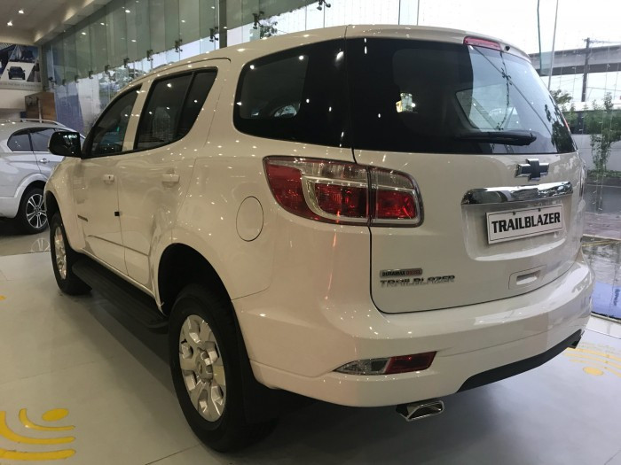 Giá xe Chevrolet Trailblazer mới nhất(1)
